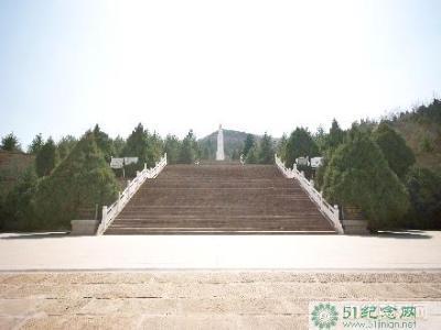 那一抹闪闪的秋色——献给中国革命烈士_51纪念网